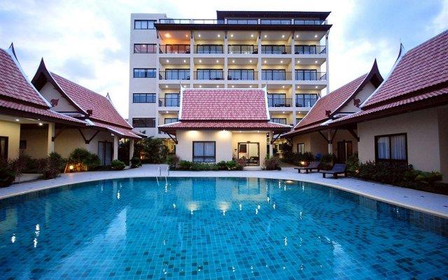 Отель Thai Boutique Resort вид на фасад