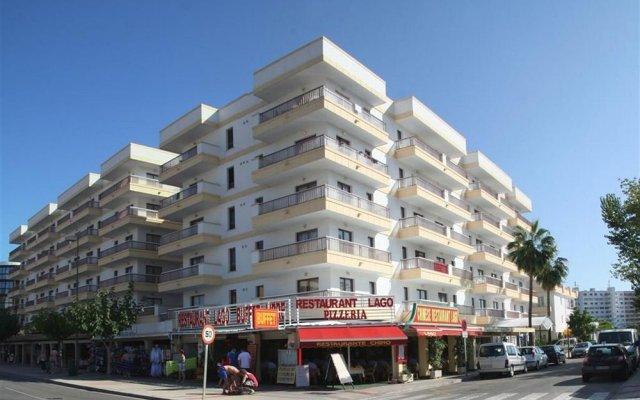 Апартаменты El Lago Apartments вид на фасад