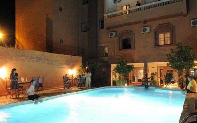 Отель Nadia Марокко, Уарзазат - отзывы, цены и фото номеров - забронировать отель Nadia онлайн вид на фасад