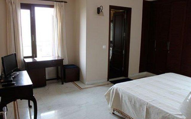 Отель OYO Premium Saket Индия, Нью-Дели - отзывы, цены и фото номеров - забронировать отель OYO Premium Saket онлайн комната для гостей