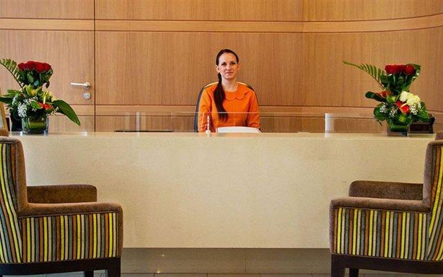 Oaks Liwa Executive Suites 1