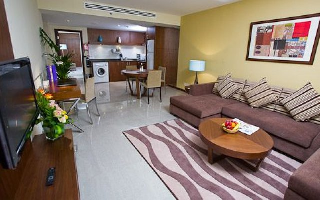 Phoenix Plaza Hotel Apartments 1