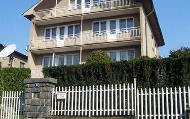 Отель Вилла Edvin вид на фасад