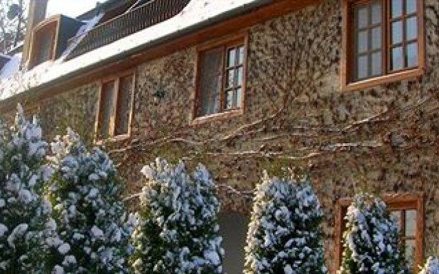 Отель Kis Helikon Relax & Luxury Villa Heviz Хевиз вид на фасад