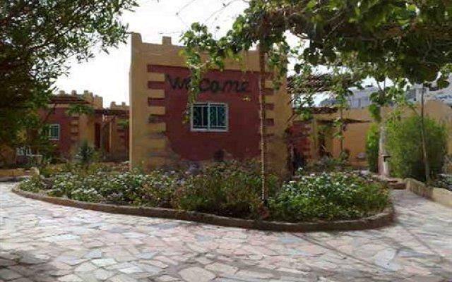 Отель Bedouin Moon Village вид на фасад