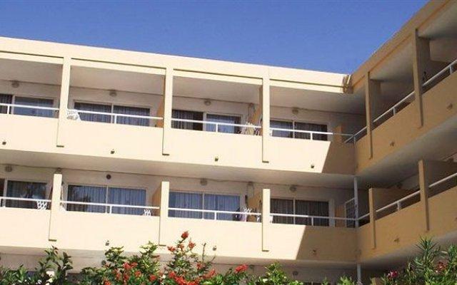 Апартаменты Montenova Apartments вид на фасад