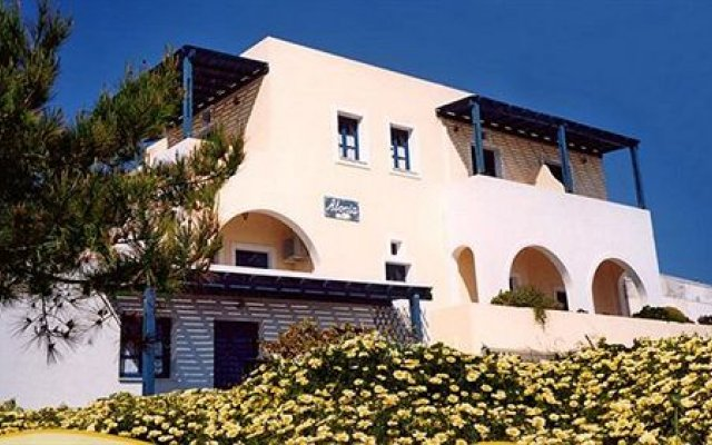 Отель Alonia Studios вид на фасад