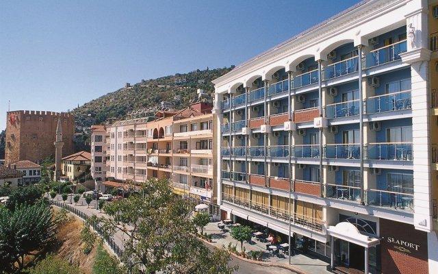 Seaport Hotel вид на фасад