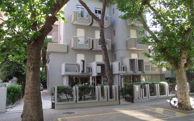 Отель Residence Cucciolo вид на фасад