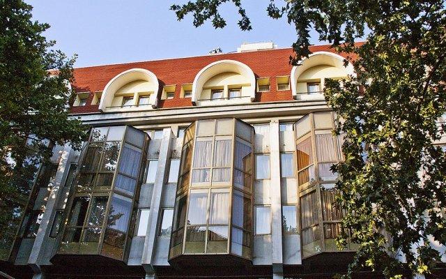 Отель Костé