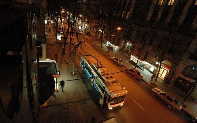 Гостиница Malon Apartments Украина, Харьков - отзывы, цены и фото номеров - забронировать гостиницу Malon Apartments онлайн вид на фасад