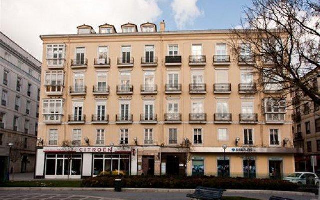 Отель Plaza Pombo B&B Испания, Сантандер - отзывы, цены и фото номеров - забронировать отель Plaza Pombo B&B онлайн вид на фасад
