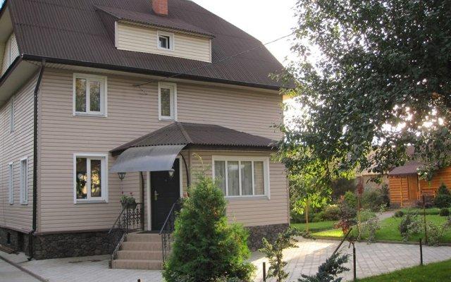 Гостевой дом Helen's Home вид на фасад