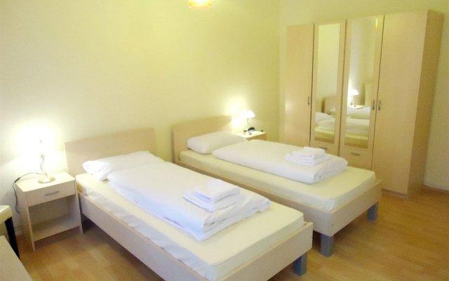 Отель BEJUNA Германия, Дюссельдорф - отзывы, цены и фото номеров - забронировать отель BEJUNA онлайн комната для гостей