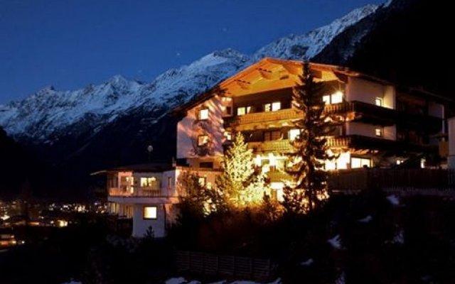 Отель Garni Fiegl Apart Австрия, Хохгургль - отзывы, цены и фото номеров - забронировать отель Garni Fiegl Apart онлайн вид на фасад