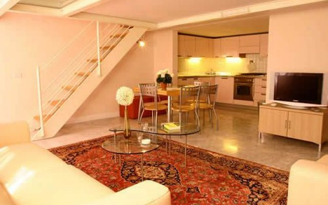 Апартаменты Msn Apartments Florence Флоренция комната для гостей