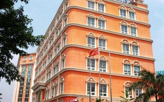 Vienna King Hotel вид на фасад