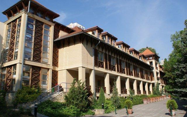The Hotel Unforgettable - Hotel Tiliana вид на фасад