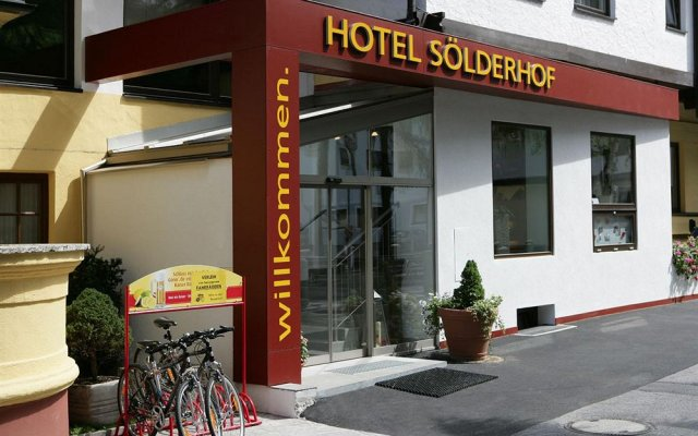 Отель SOLDERHOF Хохгургль вид на фасад