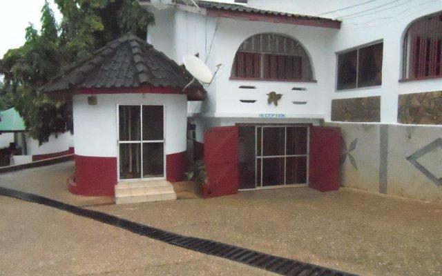 Lahana Avon Hotel