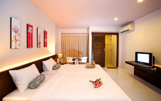 Отель Urban Patong популярное изображение