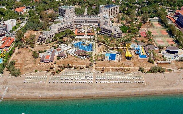 Отель Crystal Tat Beach Resort Spa пляж