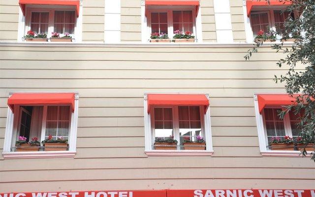 Istanbul Holiday Hotel Турция, Стамбул - 13 отзывов об отеле, цены и фото номеров - забронировать отель Istanbul Holiday Hotel онлайн вид на фасад