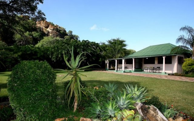 Farmhouse Lodge Matopos