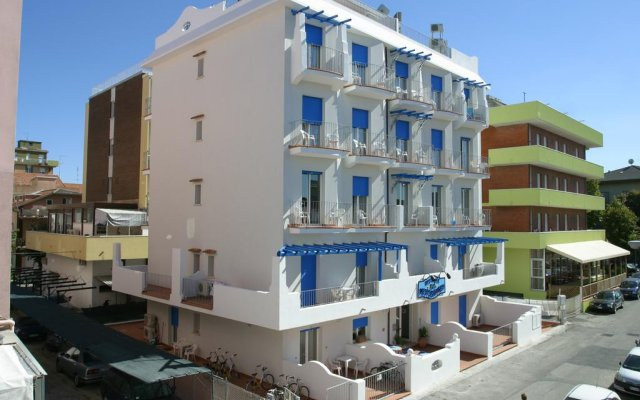 Отель Residence Blu Mediterraneo вид на фасад