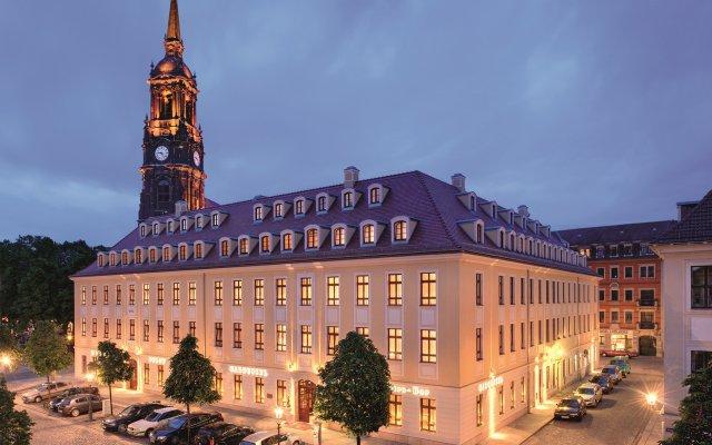 Отель Bülow Palais Германия, Дрезден - 3 отзыва об отеле, цены и фото номеров - забронировать отель Bülow Palais онлайн вид на фасад