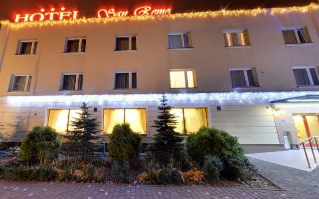 Hotel San Remo вид на фасад
