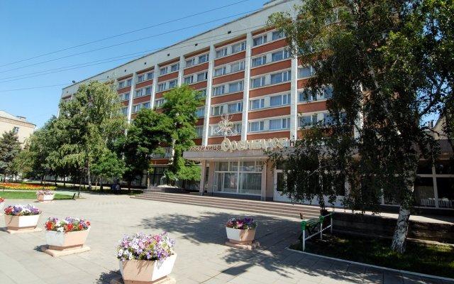 Гостиница Оренбург в Оренбурге отзывы, цены и фото номеров - забронировать гостиницу Оренбург онлайн вид на фасад