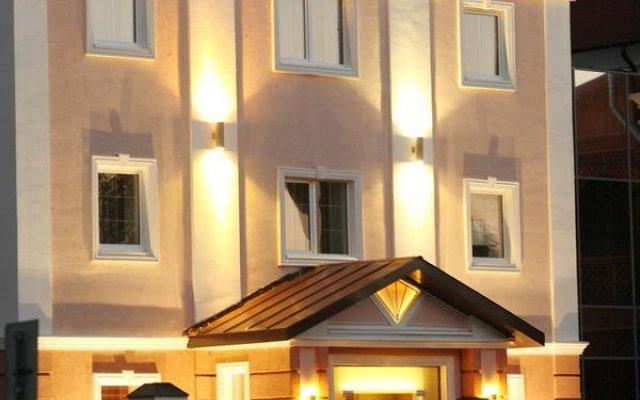 Гостиница Авеню Парк Отель в Кургане 2 отзыва об отеле, цены и фото номеров - забронировать гостиницу Авеню Парк Отель онлайн Курган вид на фасад
