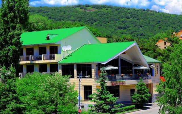 SAYA Hotel Tsaghkadzor вид на фасад
