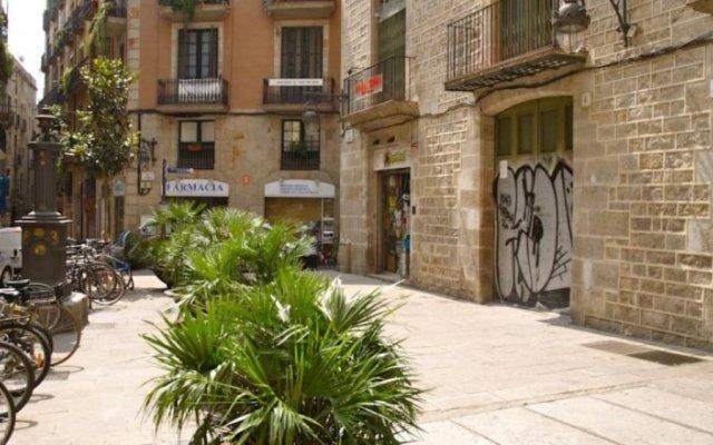 Отель Hostal Nitzs Bcn Испания, Барселона - 1 отзыв об отеле, цены и фото номеров - забронировать отель Hostal Nitzs Bcn онлайн вид на фасад