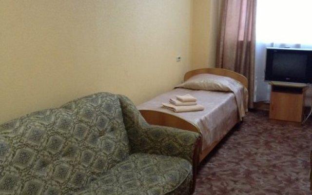 Гостиница Mirazh в Челябинске 1 отзыв об отеле, цены и фото номеров - забронировать гостиницу Mirazh онлайн Челябинск комната для гостей