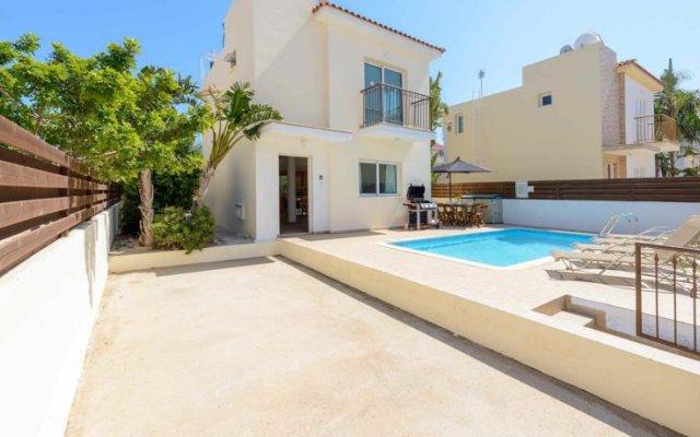Отель Villa Serenity Кипр, Протарас - отзывы, цены и фото номеров - забронировать отель Villa Serenity онлайн бассейн