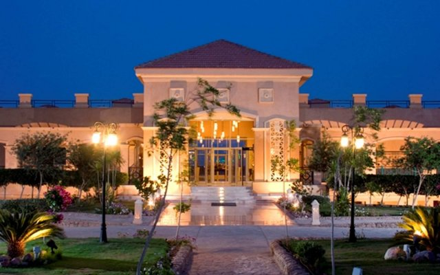 Отель Swiss Inn Dream Resort Taba