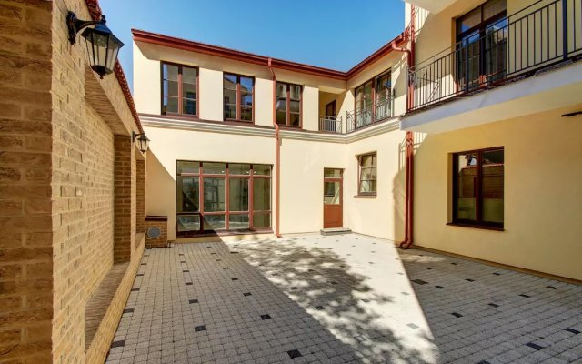 Отель Odminiu Square Apartment Литва, Вильнюс - отзывы, цены и фото номеров - забронировать отель Odminiu Square Apartment онлайн парковка