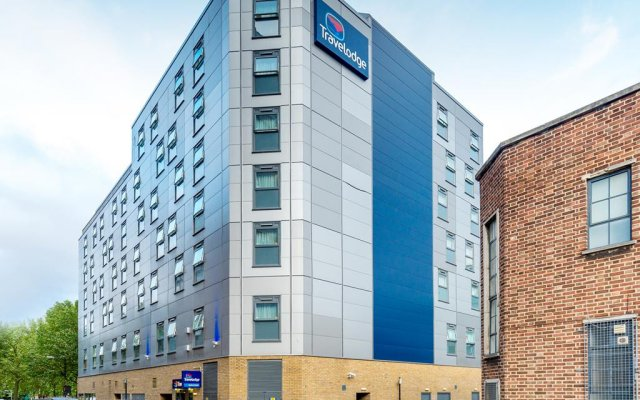 Отель Travelodge London Bethnel Green вид на фасад