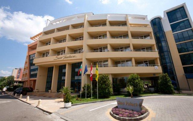 Отель Sun Palace Болгария, Солнечный берег - отзывы, цены и фото номеров - забронировать отель Sun Palace онлайн вид на фасад