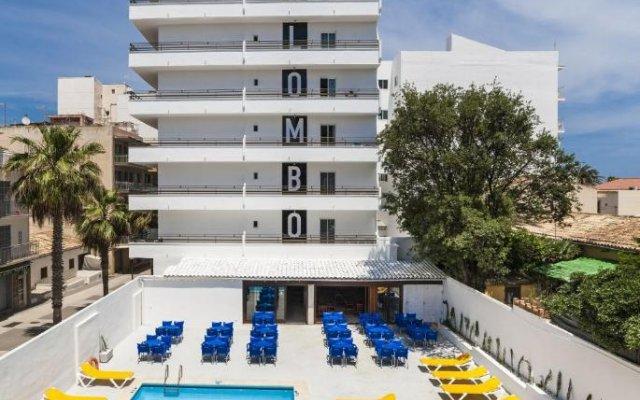 Отель Mix Colombo бассейн