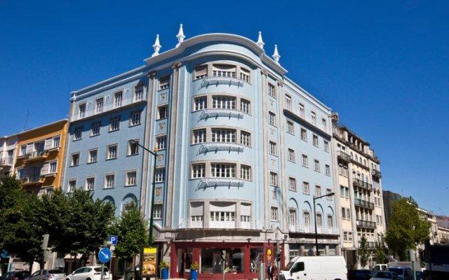 Отель Tagus Royal Residence - Hostel Португалия, Лиссабон - 1 отзыв об отеле, цены и фото номеров - забронировать отель Tagus Royal Residence - Hostel онлайн вид на фасад