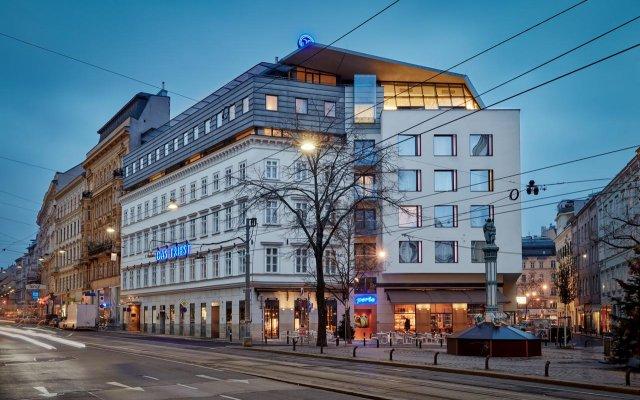 Das Triest Hotel вид на фасад