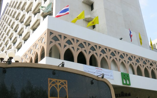 Отель Mido Бангкок вид на фасад