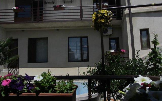 Отель Star Saburtalo вид на фасад