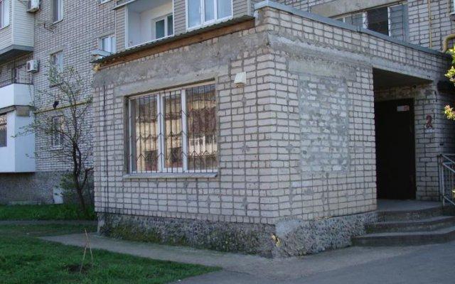 Гостиница Room With Private Entrance вид на фасад