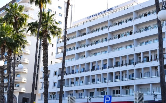 Sun Hall Beach Hotel Apts. in Larnaca, Cyprus from 70$, photos, reviews - zenhotels.com hotel front