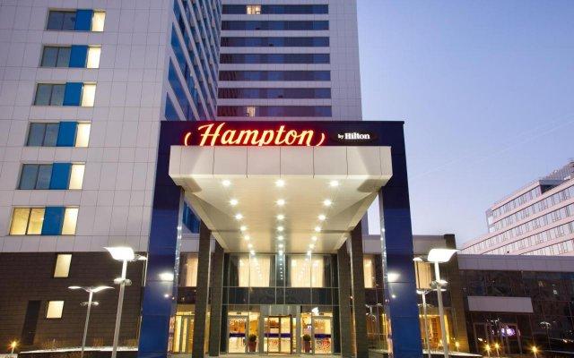 Гостиница Hampton by Hilton Moscow Strogino (Хэмптон бай Хилтон) вид на фасад