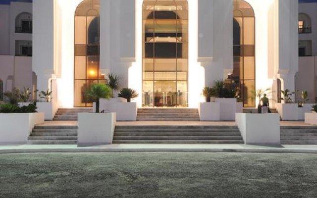 Отель Vincci Helios Beach Тунис, Мидун - отзывы, цены и фото номеров - забронировать отель Vincci Helios Beach онлайн вид на фасад
